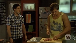 Chris Pappas, Kyle Canning in Neighbours Episode 6770