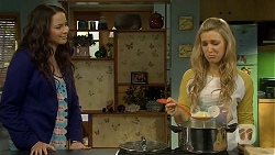 Kate Ramsay, Georgia Brooks in Neighbours Episode 6771