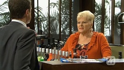 Paul Robinson, Sheila Canning in Neighbours Episode 6772