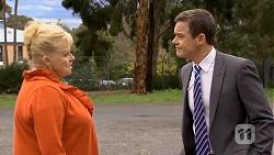 Sheila Canning, Paul Robinson in Neighbours Episode 6772