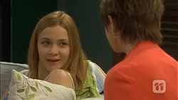 Gemma Reeves, Susan Kennedy in Neighbours Episode 6773
