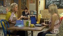 Lauren Turner, Bailey Turner, Amber Turner in Neighbours Episode 6773