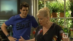 Chris Pappas, Sheila Canning in Neighbours Episode 6774