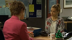 Susan Kennedy, Gemma Reeves in Neighbours Episode 6774
