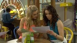 Georgia Brooks, Kate Ramsay in Neighbours Episode 6774
