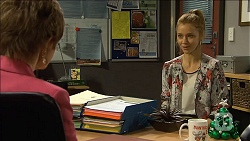 Susan Kennedy, Gemma Reeves in Neighbours Episode 6775