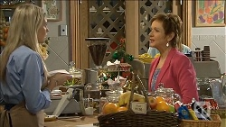 Amber Turner, Susan Kennedy in Neighbours Episode 6775