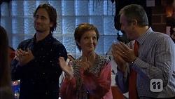 Brad Willis, Susan Kennedy, Karl Kennedy in Neighbours Episode 6776