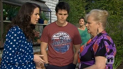 Kate Ramsay, Chris Pappas, Kyle Canning, Sheila Canning in Neighbours Episode 6778