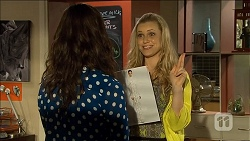Kate Ramsay, Georgia Brooks in Neighbours Episode 6778