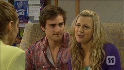 Gemma Reeves, Kyle Canning, Georgia Brooks in Neighbours Episode 6780