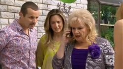 Toadie Rebecchi, Sonya Mitchell, Sheila Canning in Neighbours Episode 6780