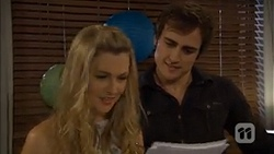 Georgia Brooks, Kyle Canning in Neighbours Episode 6780