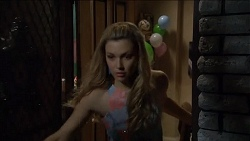 Georgia Brooks in Neighbours Episode 6781