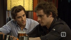 Mason Turner, Kyle Canning in Neighbours Episode 6781