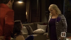 Paul Robinson, Kate Ramsay, Sheila Canning in Neighbours Episode 6781