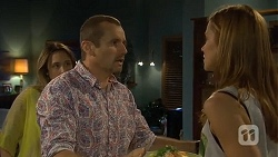 Sonya Rebecchi, Toadie Rebecchi, Gemma Reeves in Neighbours Episode 6781