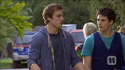 Kyle Canning, Chris Pappas in Neighbours Episode 6782