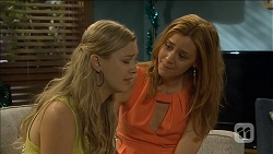 Georgia Brooks, Gemma Reeves in Neighbours Episode 6782