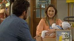 Jacob Holmes, Sonya Mitchell, Elliott Holmes in Neighbours Episode 6784