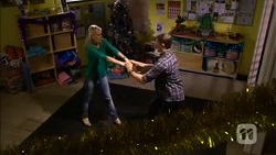 Lauren Turner, Matt Turner in Neighbours Episode 6784
