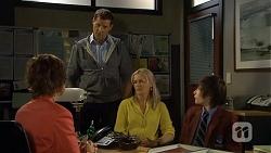 Susan Kennedy, Matt Turner, Lauren Turner, Bailey Turner in Neighbours Episode 6786