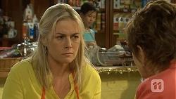 Lauren Turner, Susan Kennedy in Neighbours Episode 6786