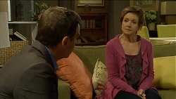 Paul Robinson, Susan Kennedy in Neighbours Episode 6787
