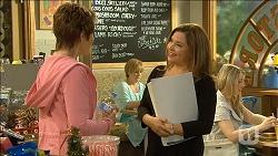 Susan Kennedy, Terese Willis in Neighbours Episode 6788