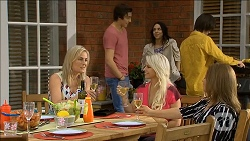 Lauren Turner, Mason Turner, Imogen Willis, Lucy Robinson, Bailey Turner, Terese Willis in Neighbours Episode 6790
