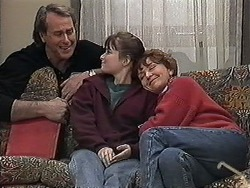 Doug Willis, Cody Willis, Pam Willis in Neighbours Episode 1269