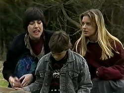 Kerry Bishop, Toby Mangel, Melissa Jarrett in Neighbours Episode 1271