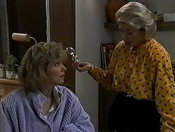 Beverly Marshall, Helen Daniels in Neighbours Episode 1271