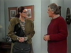 Dorothy Burke, Clarrie McLachlan in Neighbours Episode 1272