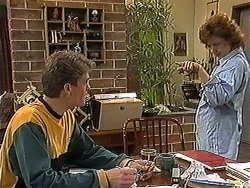 Adam Willis, Pam Willis in Neighbours Episode 1272