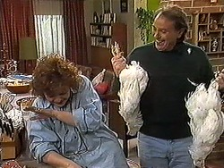 Pam Willis, Doug Willis in Neighbours Episode 1272