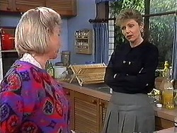 Helen Daniels, Beverly Robinson in Neighbours Episode 1273