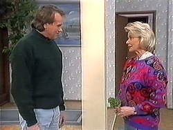 Doug Willis, Helen Daniels in Neighbours Episode 1273