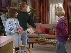 Pam Willis, Doug Willis, Helen Daniels in Neighbours Episode 1273