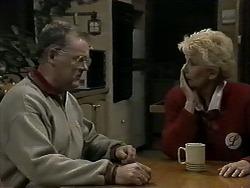 Harold Bishop, Madge Bishop in Neighbours Episode 1275