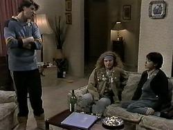 Joe Mangel, Amber Martin, Kerry Bishop in Neighbours Episode 1275