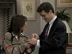 Caroline Alessi, Paul Robinson in Neighbours Episode 1275