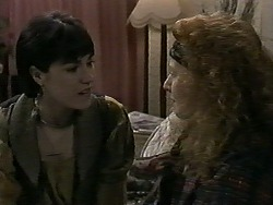 Kerry Bishop, Amber Martin in Neighbours Episode 1276