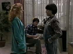 Amber Martin, Joe Mangel, Kerry Bishop in Neighbours Episode 1276