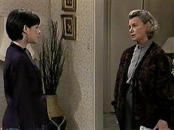 Kerry Bishop, Helen Daniels in Neighbours Episode 1277