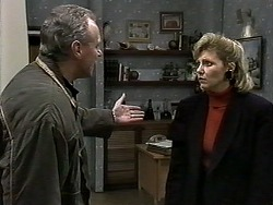 Jim Robinson, Beverly Robinson in Neighbours Episode 1279