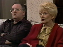 Harold Bishop, Madge Bishop in Neighbours Episode 1280