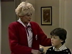 Madge Bishop, Toby Mangel in Neighbours Episode 1286