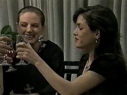 Melanie Pearson, Christina Alessi in Neighbours Episode 1289