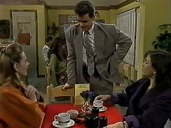 Melanie Pearson, Paul Robinson, Christina Alessi in Neighbours Episode 1290